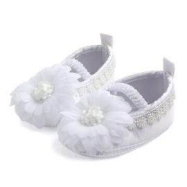 MDD0810-7-p16.6-9 luni,Pantofiori botez fetite - Margareta alba