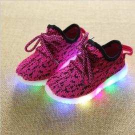 LI128-1-p26.Marimea 24,Adidasi roz ciclamen in degrade cu luminite